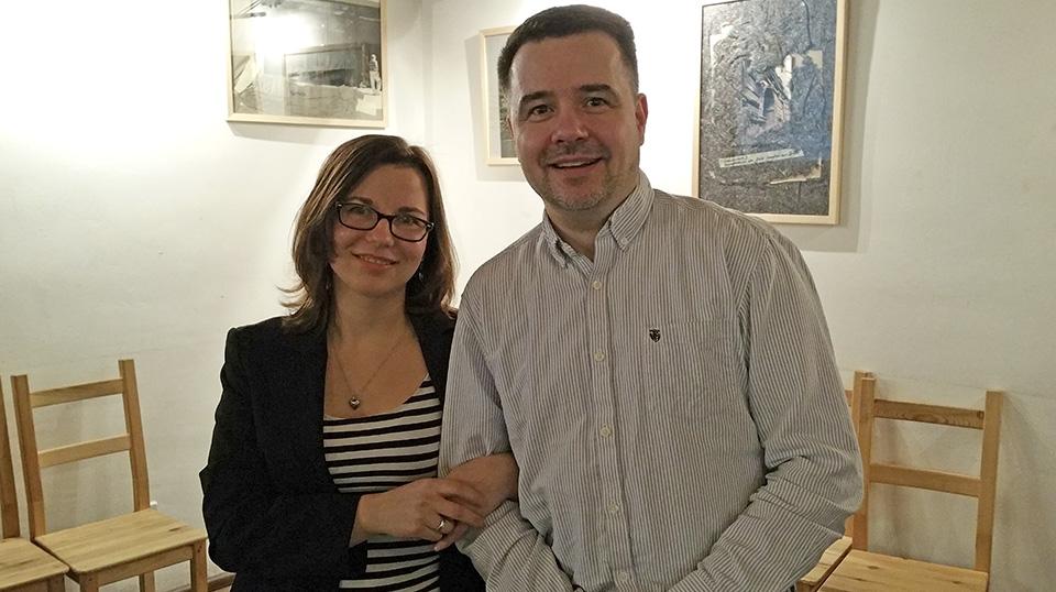 Nach dem Vortrag: Katarzyna Tichnowetzki und Sven Deutschländer